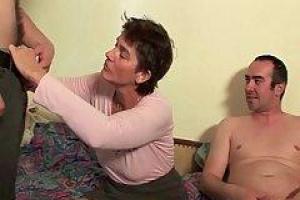 Нимфоманка сексуальная Виктория Дэниелс получает ее мудак играл